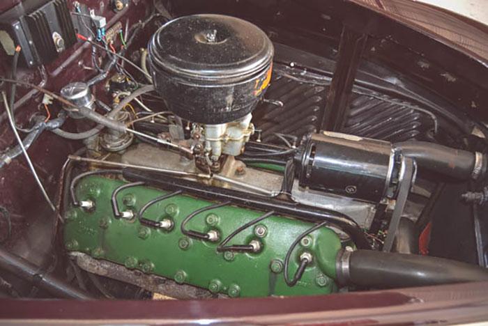 Lincoln-V12-038