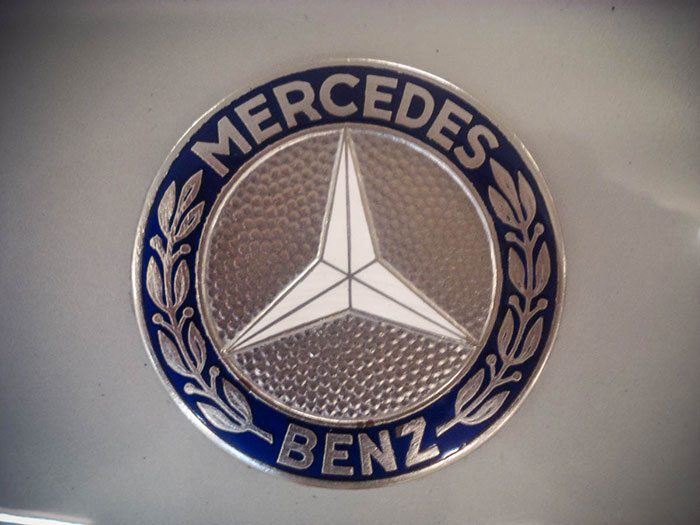 Memorabilia – Mercedes-Benz's three-pointed star